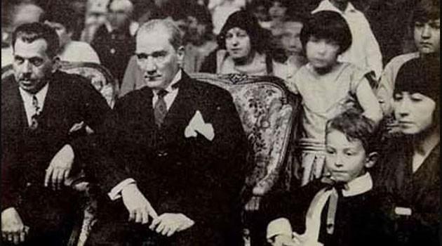 Atatürk'ün Çocuklar için Söylediği Sözler