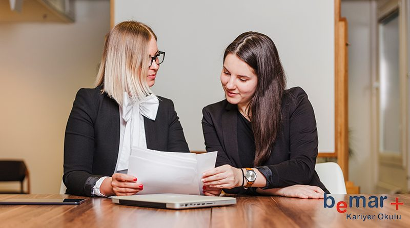 Yeni bir iş arama sürecine girenler iş ararken nelere dikkat etmeli, iş ararken neler yapmalı ya da iş arama sürecinde neler yapabilir.